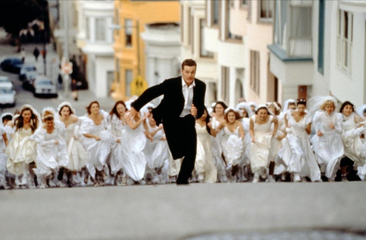 Невесты толпа фильм видео девушки отдыхают